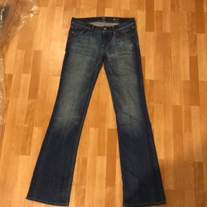 Seven for all jeans sz 27 low waist straight